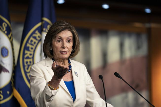 民主黨眾院議長波洛西21日與川普政府的美墨加貿易協定談判破裂,國會今年底前不可能就此投票過關。(Getty Images)
