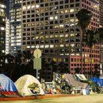 全美1/4遊民「住」這裡…加州人最憂心