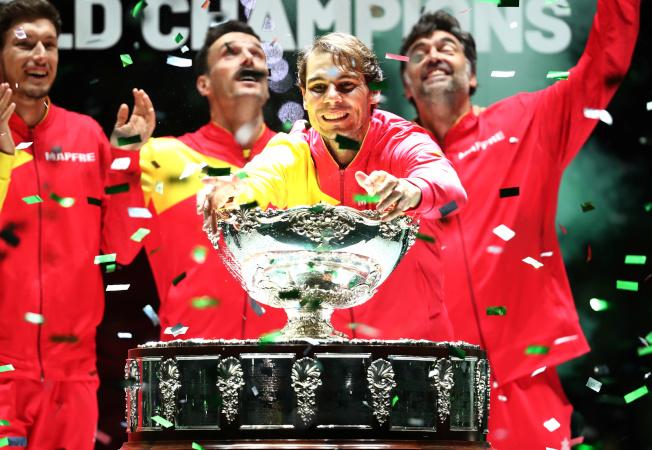 納達爾領軍的西班牙隊,第六度在台維斯盃封王。(路透)