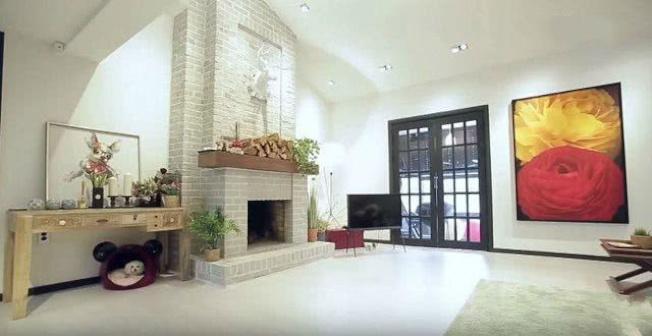 具荷拉曾在節目中曝光過的豪宅客廳。(取材自微博)