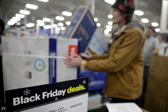 百思買的節日季設定讓該公司能在零售業中保持領先地位。(美聯社)