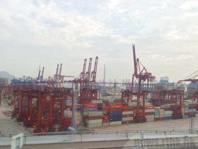 香港10月出口連續12個月下跌,比去年同期下跌9.2%。(取材自香港電台)