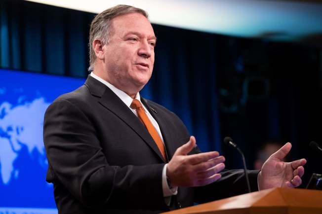 美國務卿龐培歐26日強調有關烏克蘭干涉美國大選的說法,值得調查。(Getty Images)