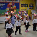 <影音>兒童培護中心迎感恩節 教孩子學習分享