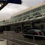 安大略機場交通順暢