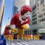 〈圖輯〉紐約感恩節遊行 有驚無險 眾人狂歡