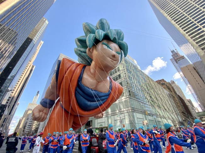 今年也有日本動畫悟空的巨型氣球。記者鄭怡嫣/攝影