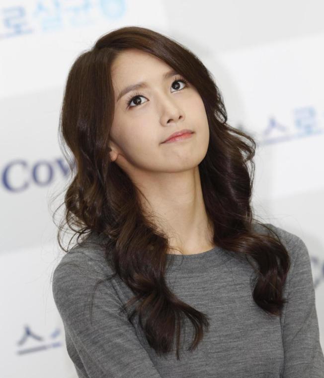 K-pop明星過了25歲就會被嫌太老,有許多人轉型演戲,如少女時代潤娥近年演出許多韓劇。(路透)