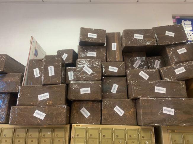 感恩節結束,不少代購已完成血拼,寄出部分貨品。(記者牟蘭/攝影)