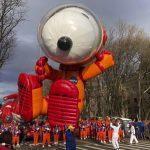 天公作美 紐約感恩節遊行氣球升空