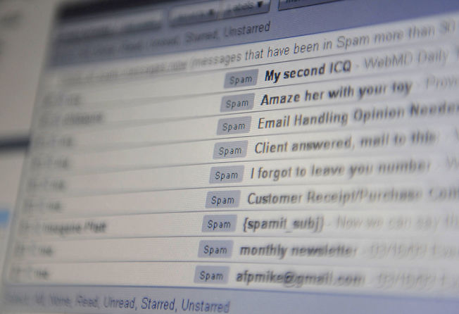 看到收件匣有大量未讀郵件,有些人會產生焦慮。(Getty Images)