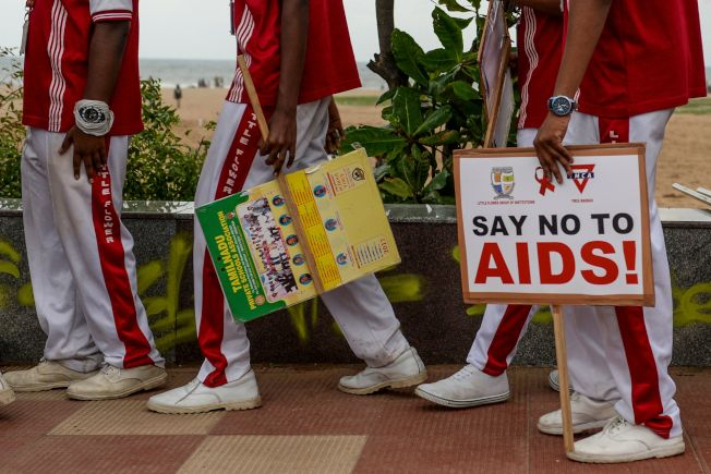 印度清奈的LGBT團體走上街頭,呼籲大眾關心AIDS。(Getty Images)