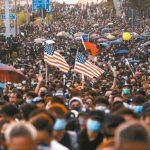 香港選後首周末 遊行仍爆衝突