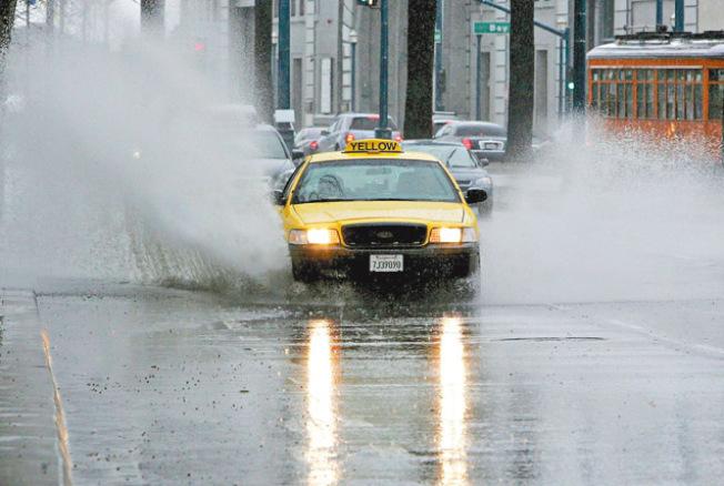 灣區本周五將迎來另一場暴風雨。(Getty Images)