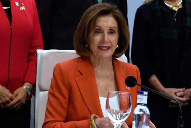美國聯邦眾議院議長波洛西(圖)今天率其他14位國會議員出席在馬德里舉行的聯合國氣候峰會,她強調儘管總統川普決定退出巴黎氣候協定,美國多數人仍支持與各國共同對抗全球暖化。Getty Images