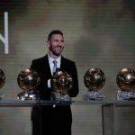 足球╱梅西破紀錄 生涯第6座金球獎到手 拉皮諾獲女足首獎