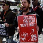 美國人很「薪」苦!低薪勞工占44% 中位數年薪僅1.8萬元