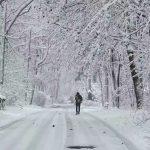 新州降雪9吋 逾萬用戶斷電
