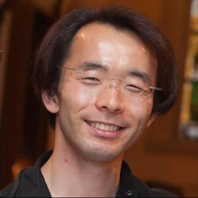 37歲的阪上裕明傳訊息告訴離家出走的未成年少女,提供他們吃住,以培養他們成為房仲業菁英。取材自ANNnewsCH
