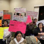 「黃種人」涉歧視 華裔家長持續抗議 科迪仍拒絕回應