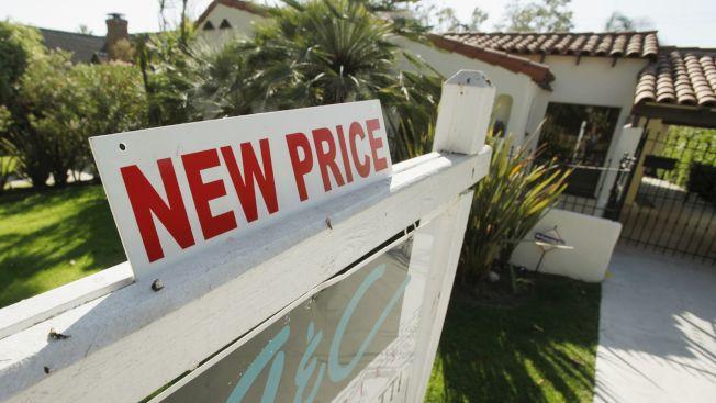 買賣房屋,房產經紀應要為客戶爭取最大利益。(美聯社)