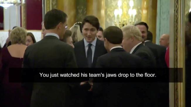 加拿大國營電視台拍攝北約峰會上的一段影片中顯示,加拿大總理杜魯多(中)和法國總統馬克宏(背對鏡頭,圖中)、英國首相強生(側對鏡頭,圖右二)聊天時,杜魯多說:「你可以看到他的團隊,下巴全都掉到地上了。」(路透)