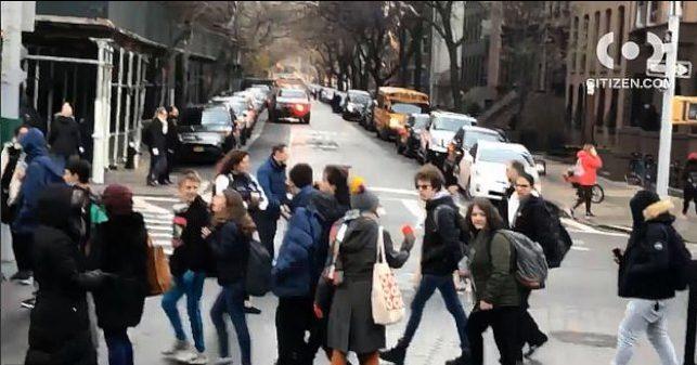 布碌崙科技高中因收到炸彈威脅,6000多名學生被緊急疏散。(取自Citizen推特)