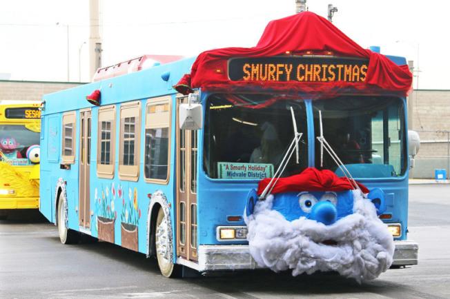 藍色小精靈(A Smurfy Holiday)。(取自官網)