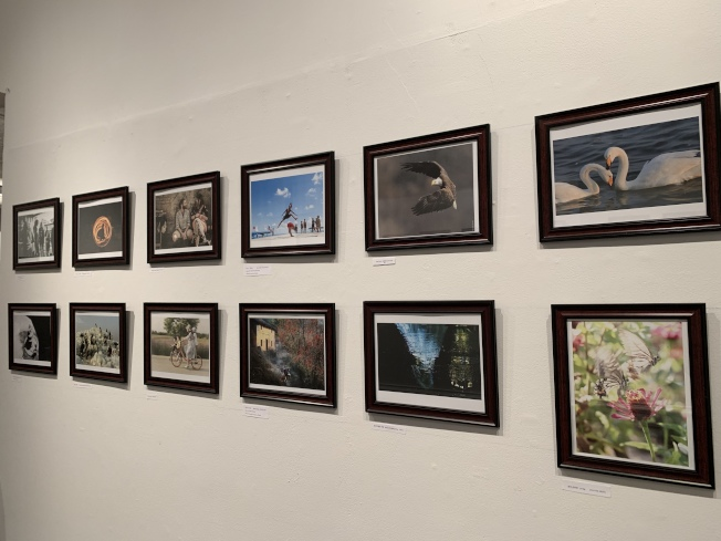 第五屆國際攝影藝術展以「行者無疆」為題,徵得12個國家、40多位攝影師的150幅作品。(記者賴蕙榆/攝影)