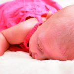 讓寶寶趴睡 容易窒息亡