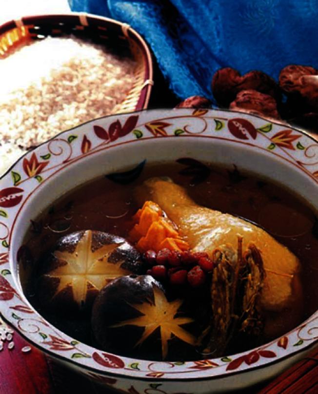 花旗參香菇雞湯。