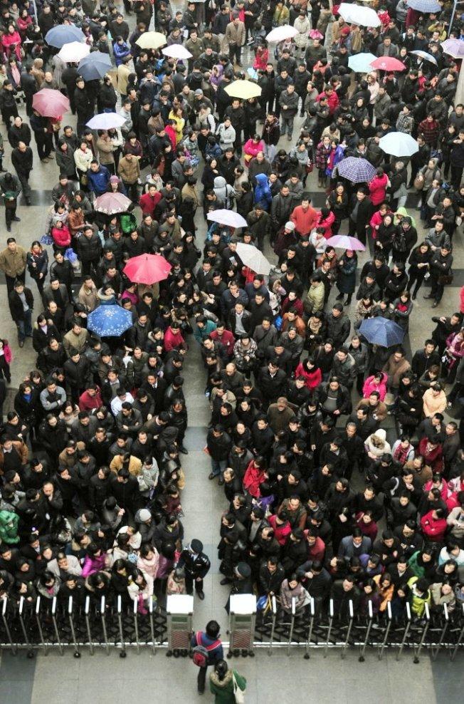 中國大學招生考試盛況。報系資料照片