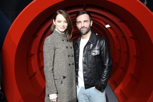 艾瑪史東是路易威登女裝藝術總監Nicolas Ghesquière的好友,也是品牌大使。圖/LV提供