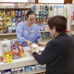 零售藥價去年微降 40多年來首次