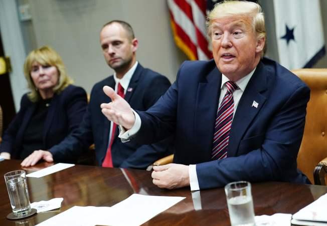 面對眾院民主黨人的彈劾圍攻,川普總統依然堅壁清野,拒不配合調查。(Getty Images)