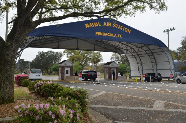 佛州海軍航空基地爆發槍案,造成四死多傷,開槍的沙國受訓生被擊斃。(路透)