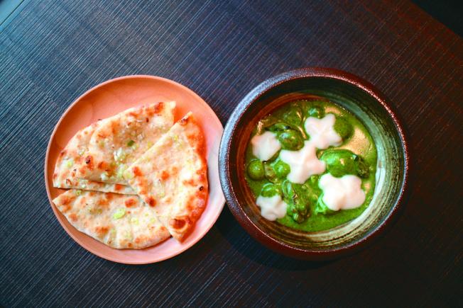 煎生蠔佐蔥派餅。(記者吳姿賢/攝影)