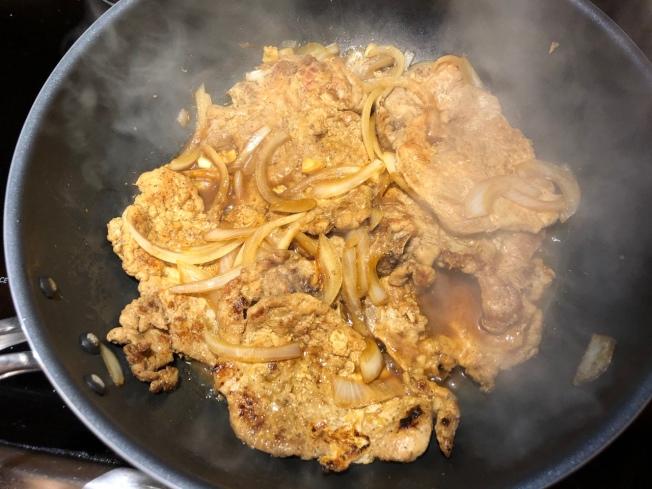 洋蔥扒豬排