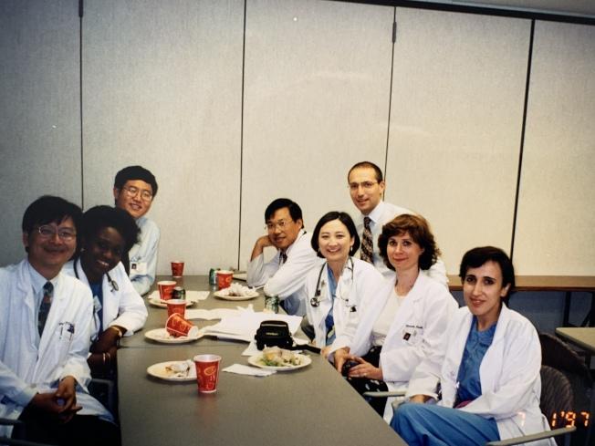 來自各國的醫師,為美國病患貢獻心力。(作者提供)