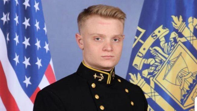 遇害的海軍官校畢業生華特森。(美國海軍)