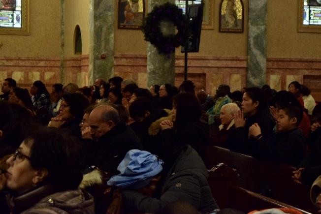 眾多華裔教徒出席祈禱日,為世界各地的移民祈禱。(記者顏潔恩/攝影)