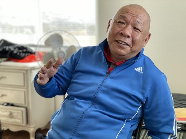 Daniel Chan混過黑社會、曾染上毒,後來在福音戒毒班戒斷毒癮,並致力一生幫助他人。(記者李榮/攝影)