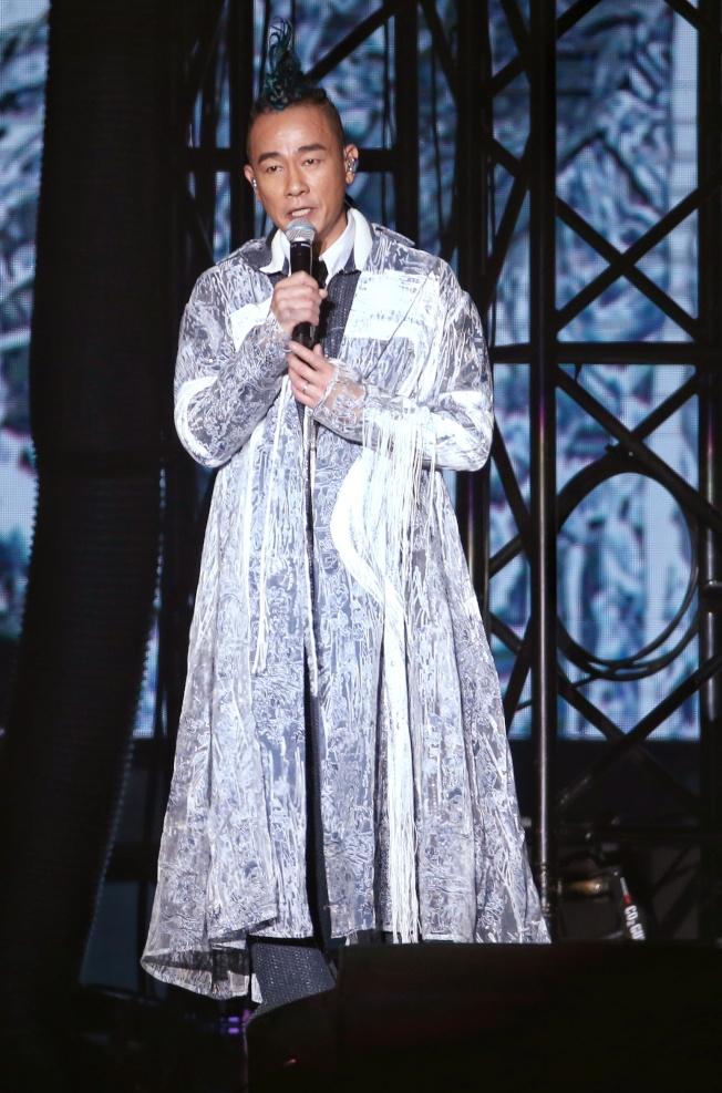 陳小春在《STOP ANGRY》演唱會上宣布老婆懷孕滿3個月。(記者曾原信/攝影)