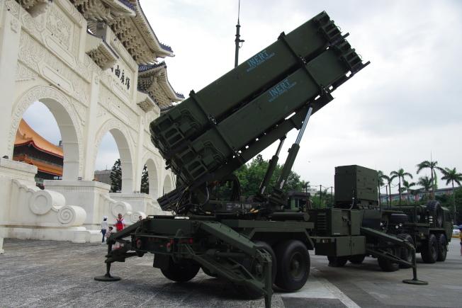 國防部官員證實,日前與美方完成「愛國者飛彈技術支援合約」簽約程序,採購金額達台幣15億元。(本報資料照片)