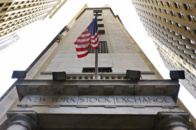 美股過去10年的主導地位可能會在2020年發生變化。(美聯社)