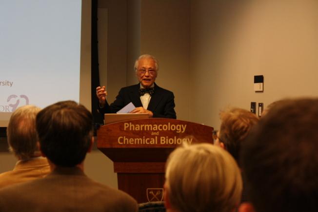 郭智化為愛默蕾大學藥理及化學生物學系榮譽教授。(記者林昱瑄/攝影)