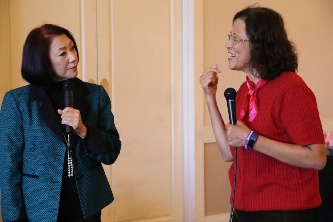 前CNN主播古藤幸(左)請陳小燕分享,對假設問題的反應及意見。(記者陳淑玲/攝影)