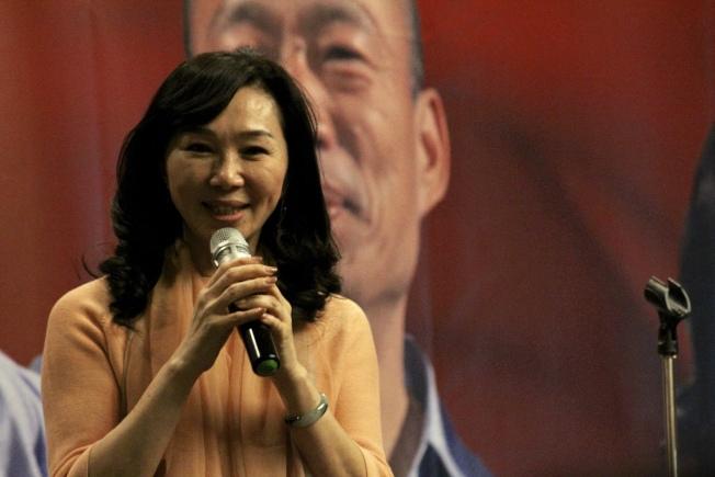 李佳芬稱讚各界僑胞在海外札根立足,並代表韓國瑜感謝大家的支持。(記者張筠 / 攝影)
