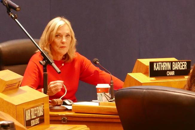 巴傑輪值就任委員會主席。(記者李雪/攝影)