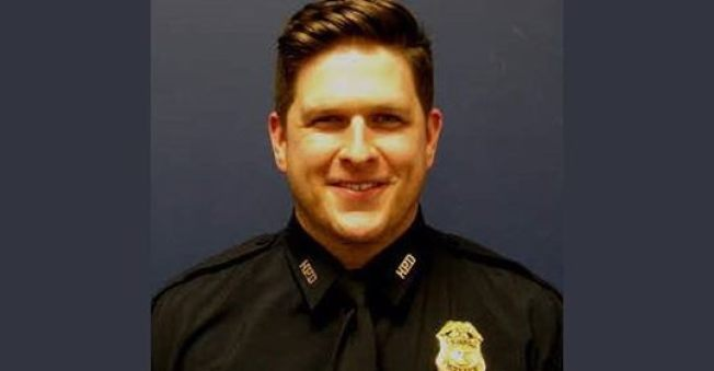 警佐布魯斯特處理家暴被射殺。(臉書)